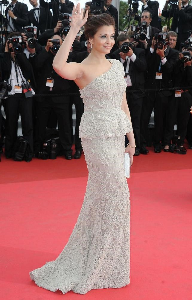Aishwarya Rai Bachchan at Cannes Film Festival 2011 - Day 1