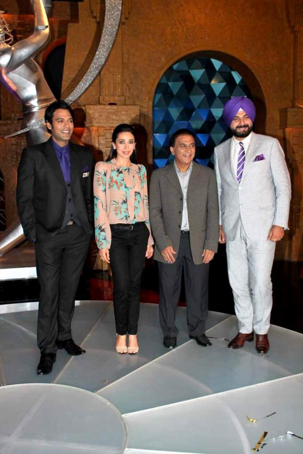 Karisma Kapoor On The Sets of Sony Max IPL T20 Extra Innings TV Show