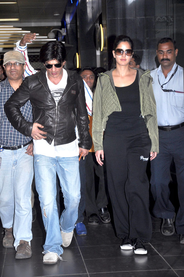 Shahrukh & Katrina return from Yash Chopras Untitled Project - London Schedule