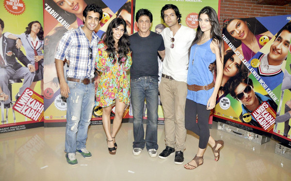 Shahrukh at Always Kabhi Kabhi Promotion Photos