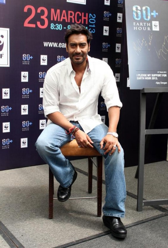 Ajay Devgn at 'Earth Hour' 2013 Event in Mumbai