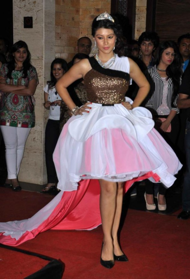 Stars At Manali Jagtap's Fashion Show