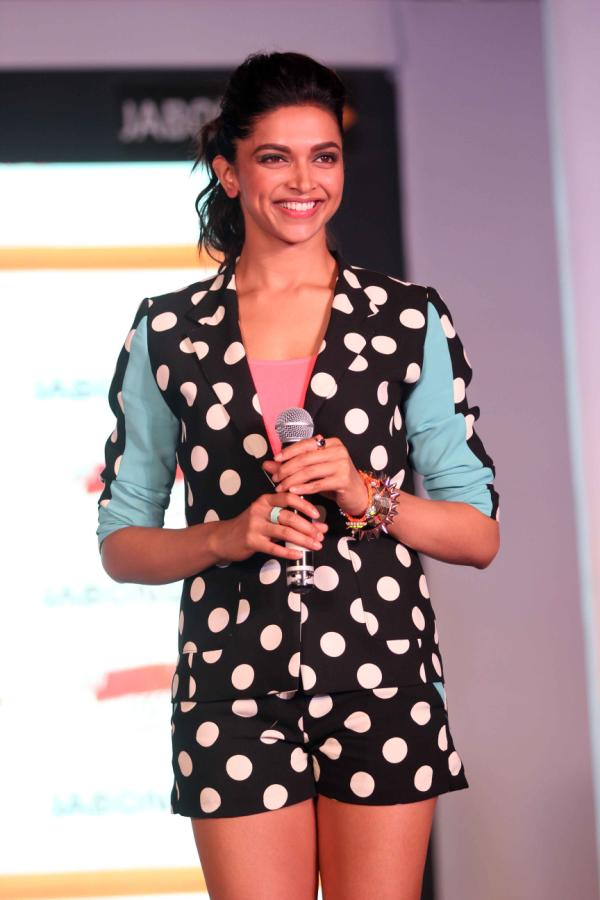 Deepika Padukone at 'Yeh Jawaani Hai Deewani' New Collection Launch by Jabong