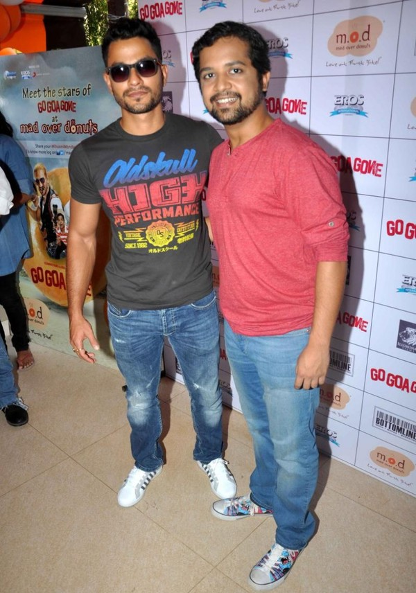 'Go Goa Gone' Movie Promotion at Mad Over Donuts - Pooja Gupta, Kunal Khemu, Anand Tiwari