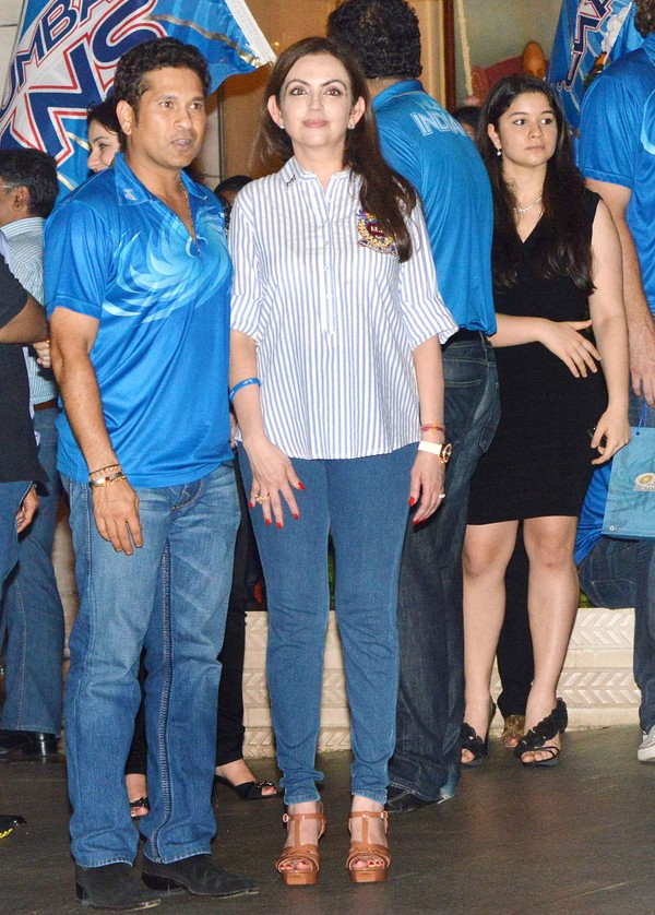 Neeta Ambani's Grand Party to Celebrate Mumbai Indians' Win in IPL Season 6