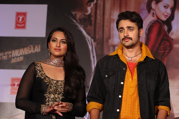'Once Upon A Time In Mumbaai Again' First Look Launch - Akshay Kumar, Sonakshi Sinha, Imran Khan