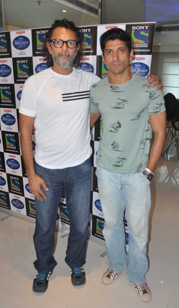 'Bhaag Milkha Bhaag' Movie Promotion On the Sets of 'Indian Idol Junior'