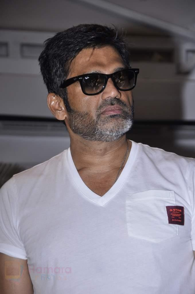 Sunil Shetty and Harsha Bhogle at ICC Champions Trophy Preview held at SMAAASH in Mumbai