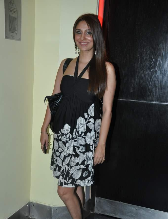'The Saint Who Thought Otherwise' Movie Premiere - Preeti Jhangiani, Parvin Dabas, Anupama Verma, Pooja Misra, Kapil Sharma, Murli Sharma, Yuvraj Parashar