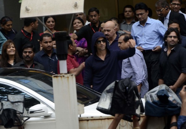 Hrithik Roshan discharged after Brain Surgery