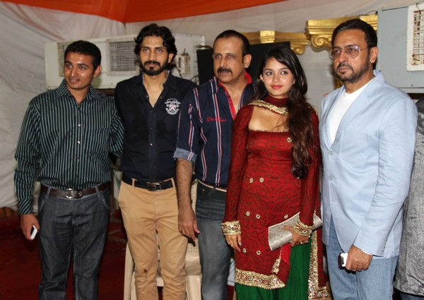 'Raqt' Music Launch - Preeti Jhangiani, Gulshan Grover, Manish Paul #Raqt