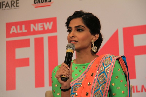 Sonam Kapoor Unveils #Filmfare Uber-Stylish Makeover Issue Cover Page